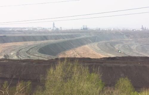 撫順炭鉱の眺め
