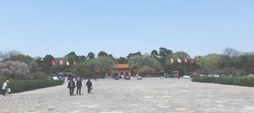 福陵 広場